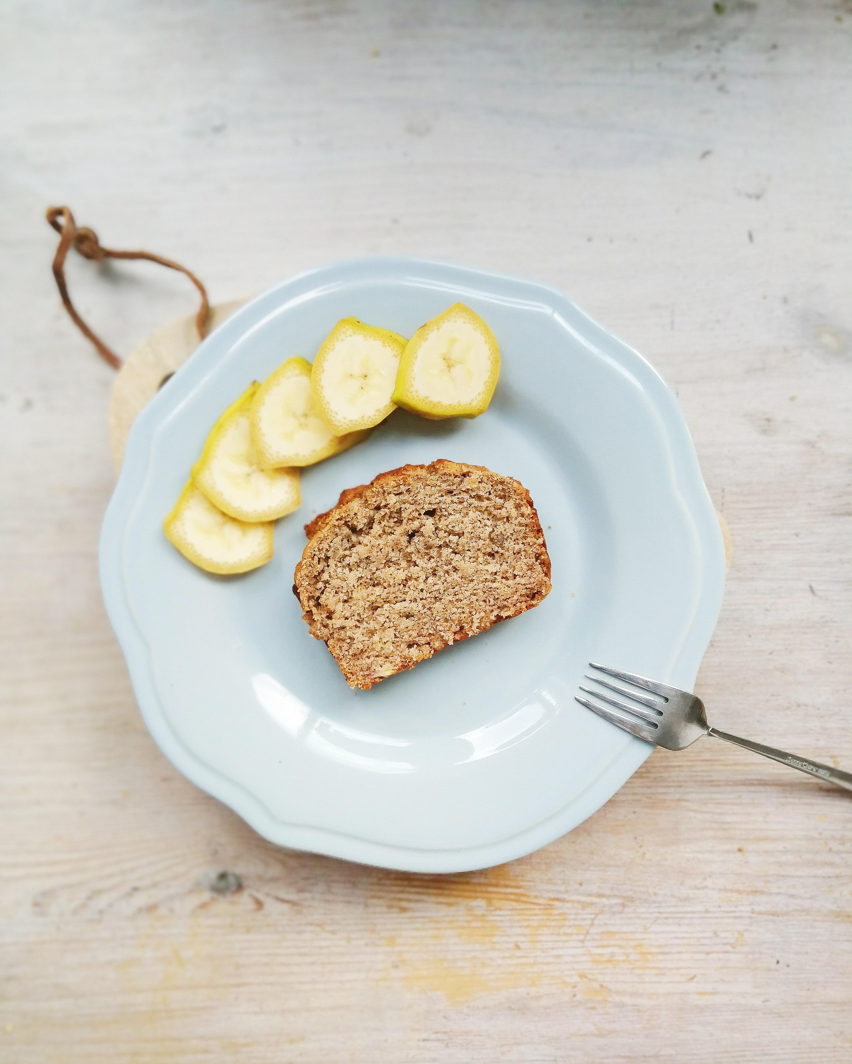 Banana bread en plato